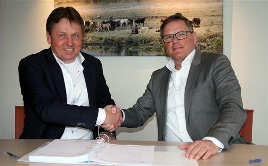 Marko de Jong, CEO van SPS (links) en Drs. Guido van den Bogaert MBA, lid Raad van Bestuur Rijndam Revalidatie (rechts)