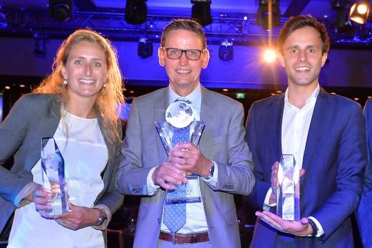 De drie winnaars, Peter Rake in het midden, geflankeerd door Djoeke Jehee (links) en Jaimy Nijnens (rechts)